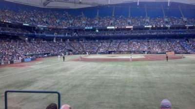 Tropicana Field, section: 142, row: Y, seat: 1