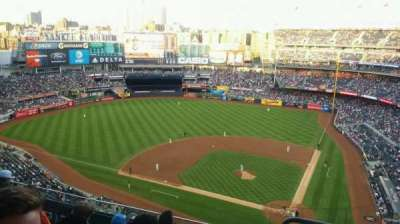 Yankee Stadium, section: 422, row: 6, seat: 1
