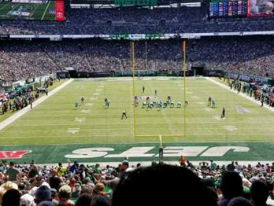MetLife Stadium, section: 101, row: 44, seat: 26