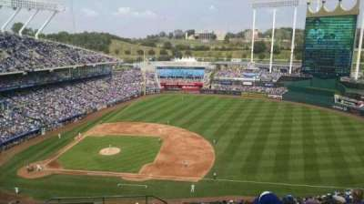 Kauffman Stadium, section: 431, row: DD, seat: 1