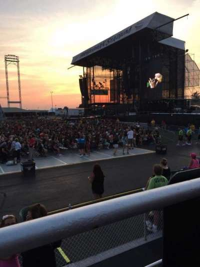 Hershey Park Stadium, section: 25, row: AA, seat: 27