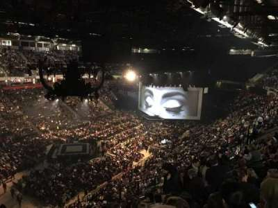 Manchester Arena, section: 211, row: M, seat: 20
