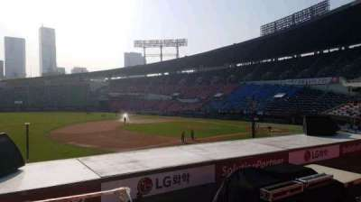 Jamsil Baseball Stadium, section: 221, row: 3, seat: 22