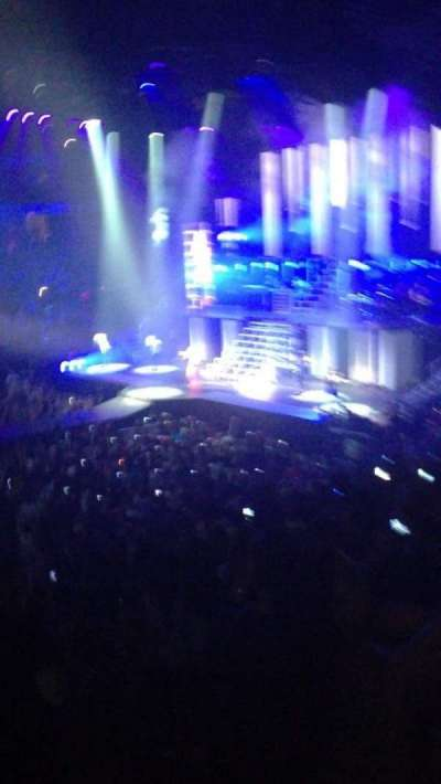 Jacksonville Veterans Memorial Arena, section: 103, row: t, seat: 9