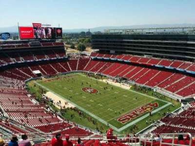 Levi's Stadium, section: 404, row: 20, seat: 4