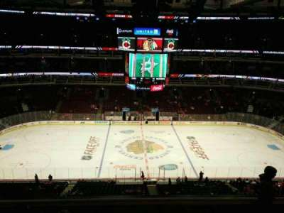 United Center, section: 318, row: 6, seat: 3
