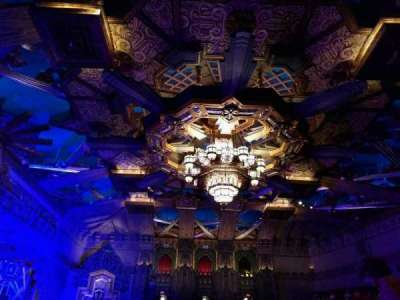 Pantages Theatre (Hollywood), section: mezz, row: b, seat: 9