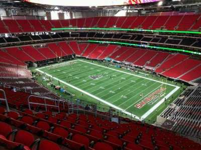 Mercedes-Benz Stadium, section: 305, row: 17, seat: 8