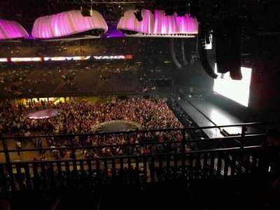 Sportpaleis, section: 211, row: 4, seat: 2