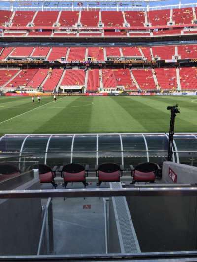 Levi's Stadium, section: 137, row: 7, seat: 4