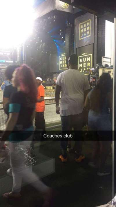 MetLife Stadium, section: 50 yard line, row: Coach club