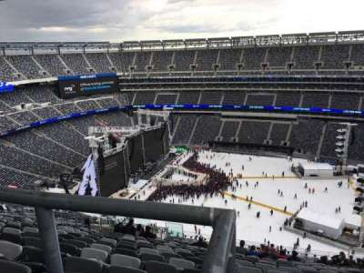 MetLife Stadium, section: 337, row: 26, seat: 14