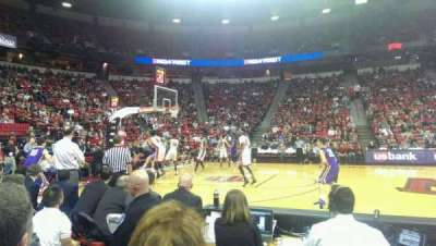 Thomas & Mack Center, section: 118, row: B, seat: 2