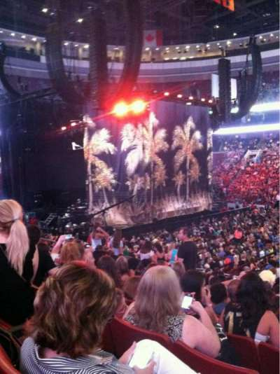 Wells Fargo Center, section: 101, row: 17, seat: 16