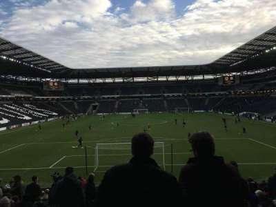 Stadium:mk, section: Aisle 32, row: AA, seat: 910