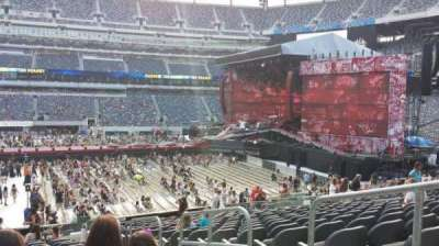 MetLife Stadium, section: 113, row: 20, seat: 3
