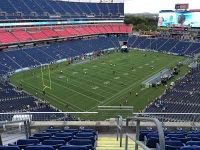 Nissan Stadium, section: 321, row: F, seat: 1