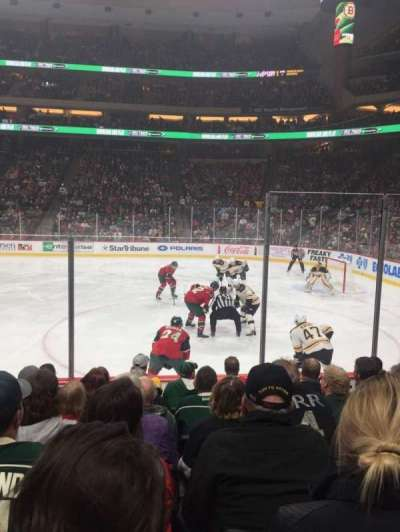 Xcel Energy Center, vak: 115, rij: 7, stoel: 5
