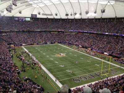 Mall Of America Field, section: 203, row: 20, seat: 15