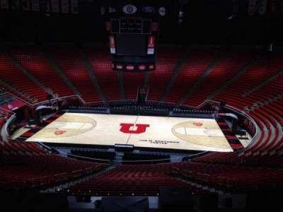 Jon M. Huntsman Center, section: zz, row: 1, seat: 18