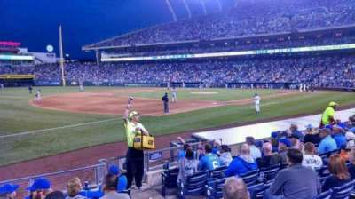 Kauffman Stadium, section: 115, row: H, seat: 8