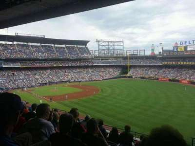 Turner Field, section: 325L, row: 9, seat: 104