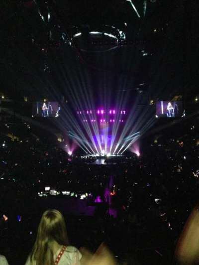 Staples Center, section: 207, row: 4, seat: 3