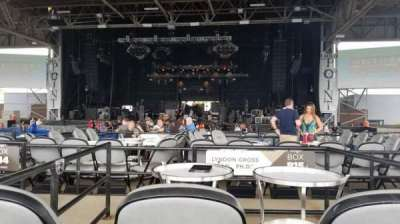 Hollywood Casino Amphitheatre (Maryland Heights), section: Center, row: X, seat: 136