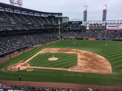 Guaranteed Rate Field section 324