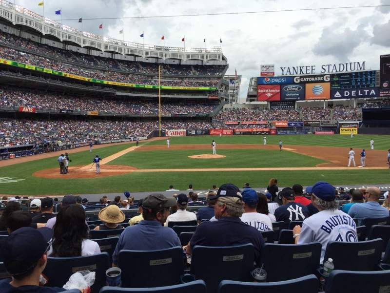 Seating view for Yankee Stadium Section 117A Row 19 Seat 12