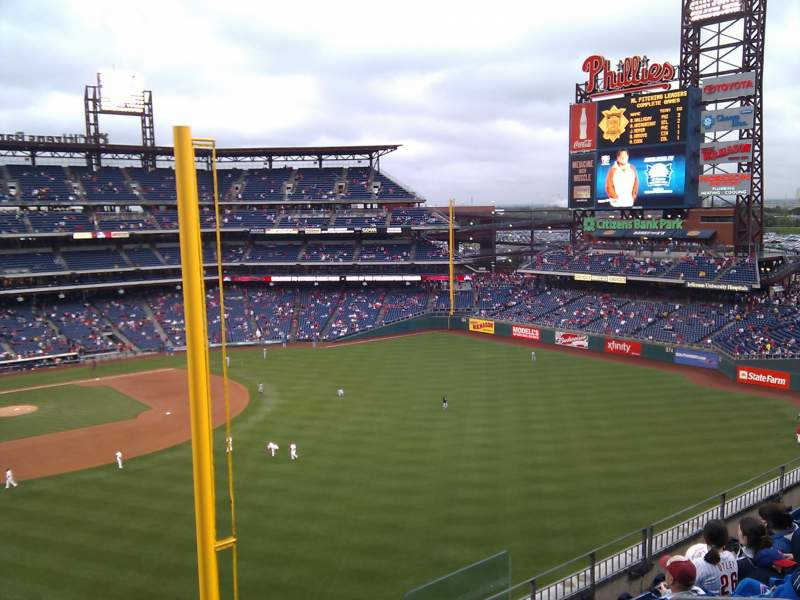 Seating view for Citizens Bank Park Section 306 Row 7 Seat 1