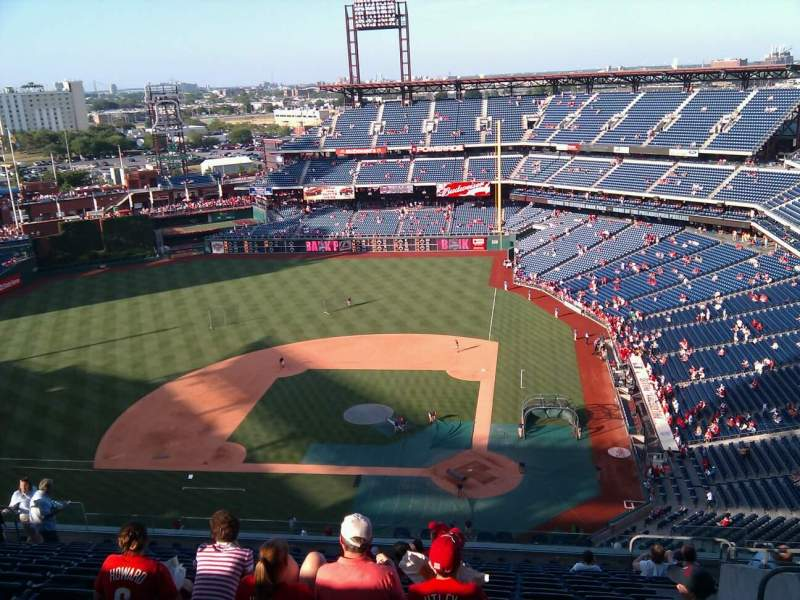 Seating view for Citizens Bank Park Section 424 Row 16 Seat 7