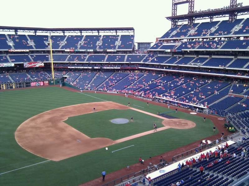Seating view for Citizens Bank Park Section 328 Row 1 Seat 22