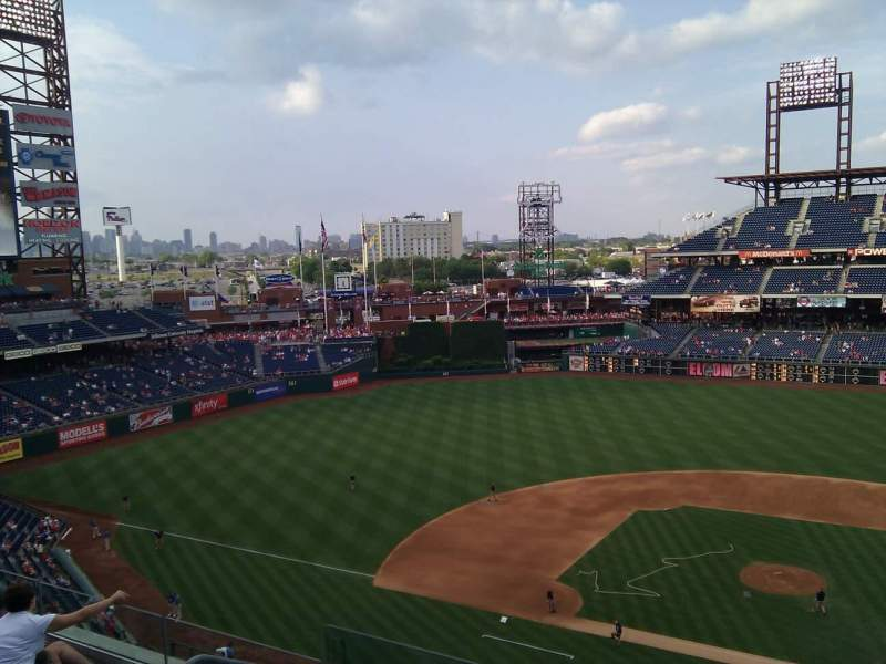 Seating view for Citizens Bank Park Section 324 Row 5 Seat 19