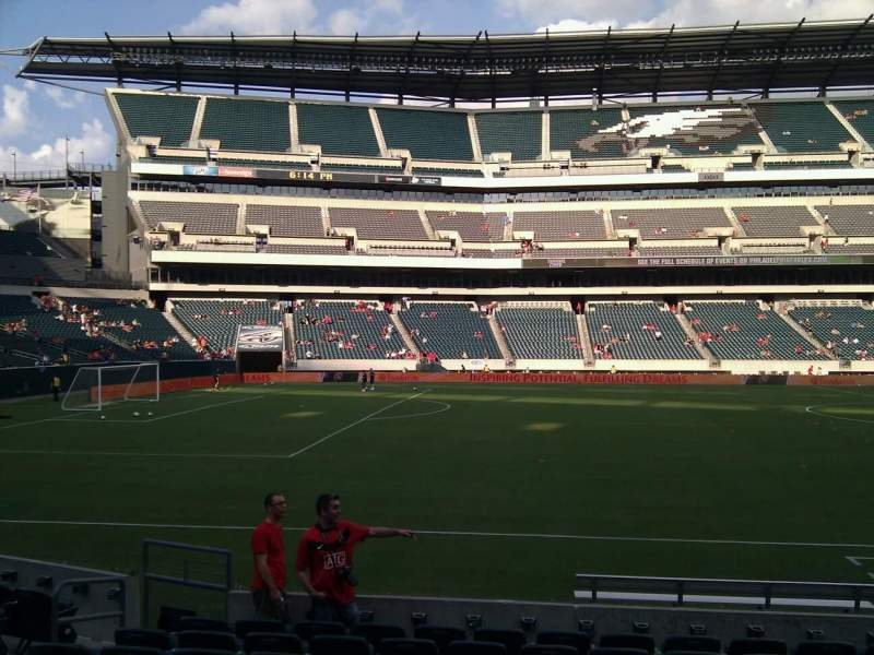 Seating view for Lincoln Financial Field Section 137 Row 10 Seat 9