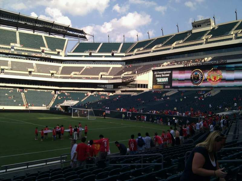 Seating view for Lincoln Financial Field Section 102 Row 12 Seat 12