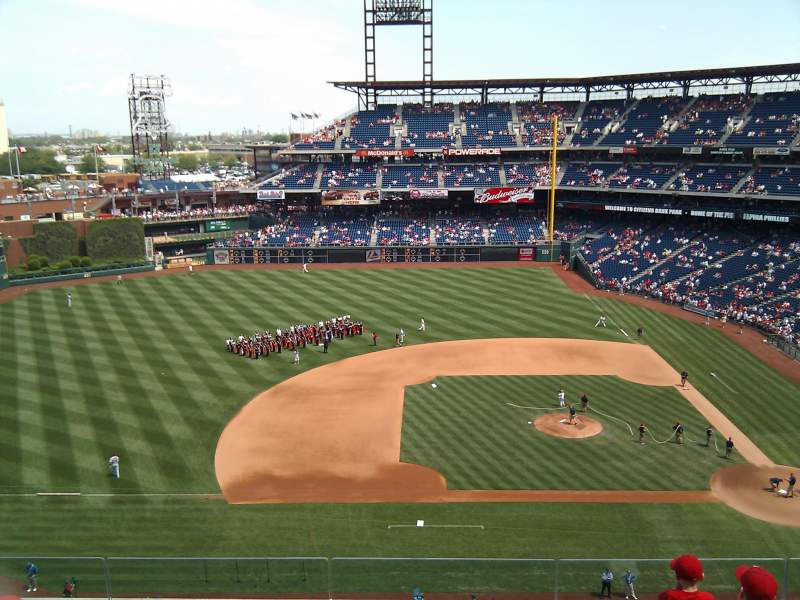 Seating view for Citizens Bank Park Section 326 Row 6 Seat 14