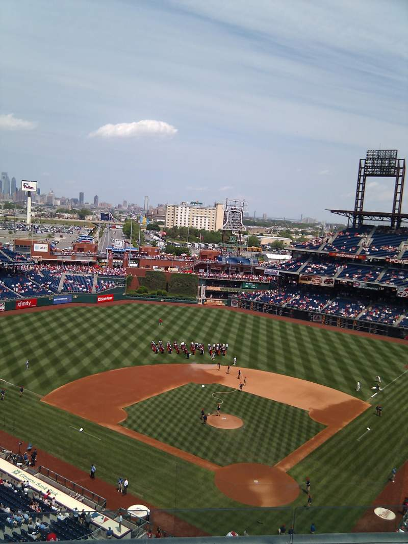 Seating view for Citizens Bank Park Section 422 Row 6 Seat 11