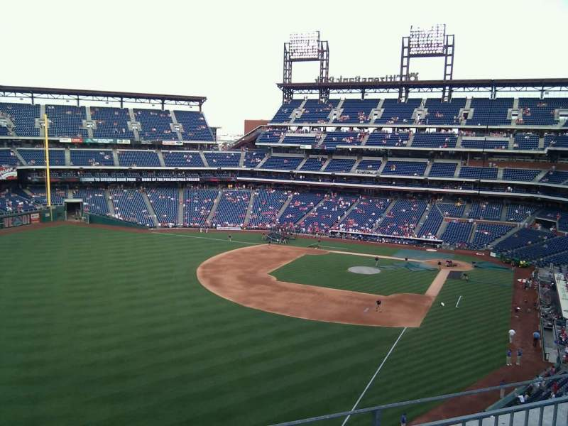 Seating view for Citizens Bank Park Section 333 Row 3 Seat 21