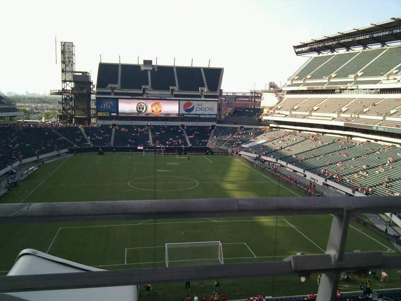 Seating view for Lincoln Financial Field Section M10 Row 19 Seat 21
