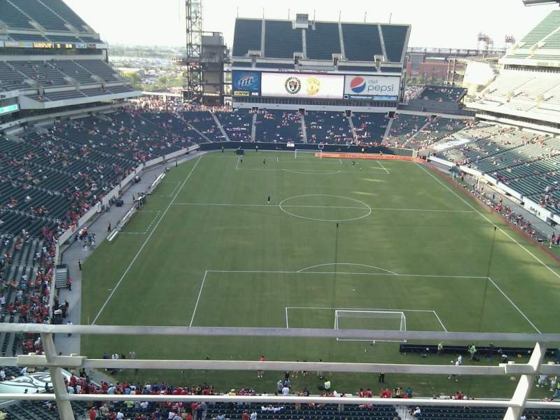 Seating view for Lincoln Financial Field Section 211 Row 2 Seat 7