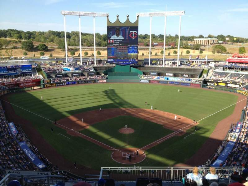 Seating view for Kauffman Stadium Section 420 Row DD Seat 10