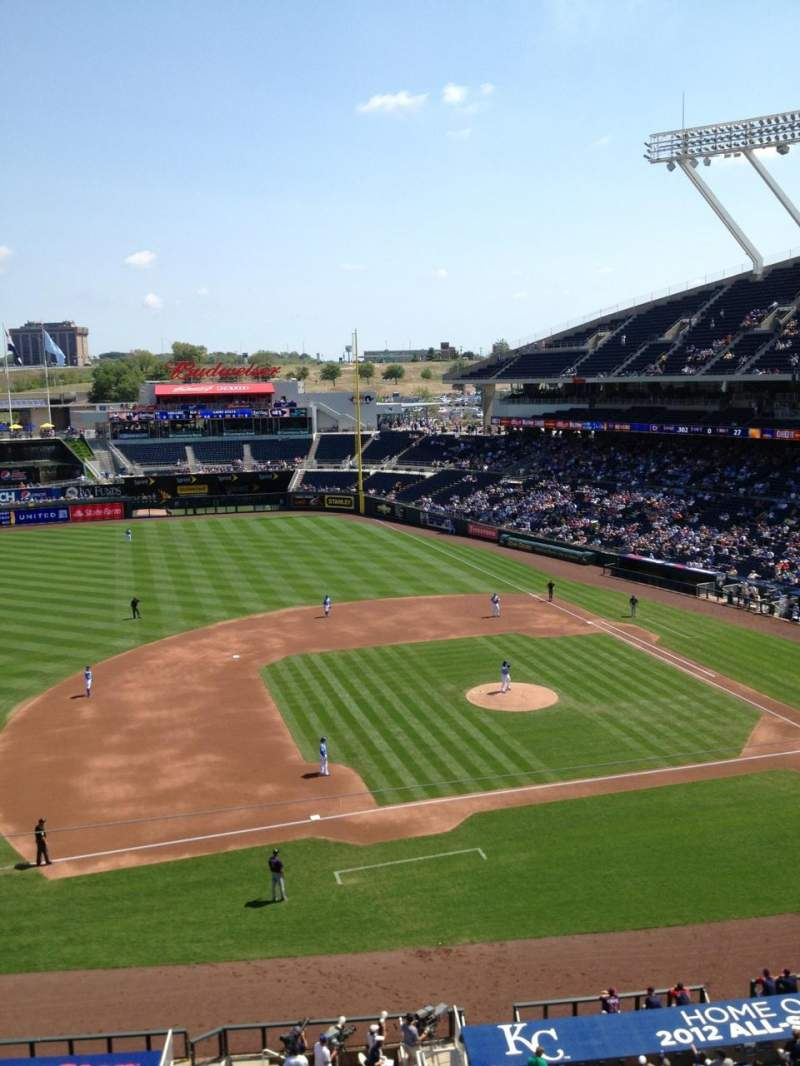 Seating view for Kauffman Stadium Section 410 Row A Seat 7