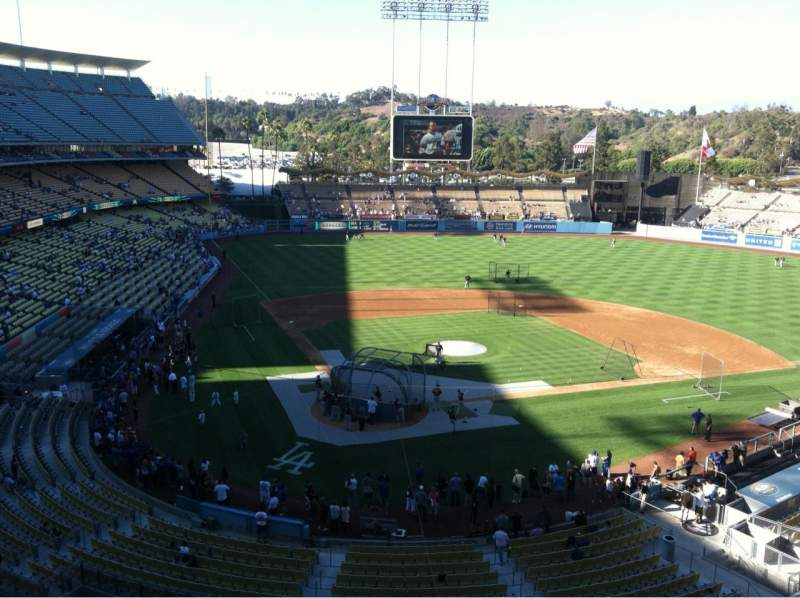 Seating view for Dodger Stadium Section 4RS Row A Seat 17
