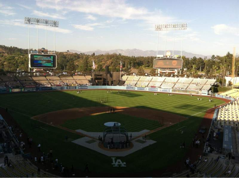 Seating view for Dodger Stadium Section 1RS Row B Seat 17