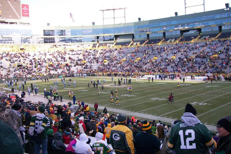 Seating view for Lambeau Field Section 130 Row 27 Seat 10