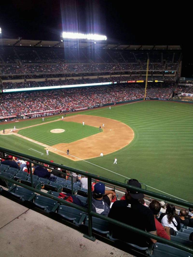 Seating view for Angel Stadium Section V532 Row A Seat 9
