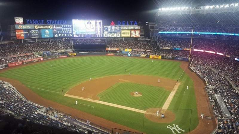 Seating view for Yankee Stadium Section 322S Row 9SR Seat 9
