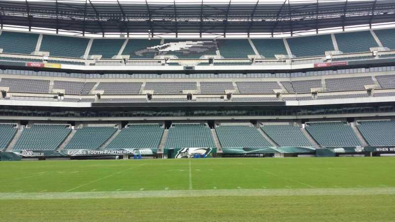 Seating view for Lincoln Financial Field Section Sideline Row 50 yard li Seat Player Ben