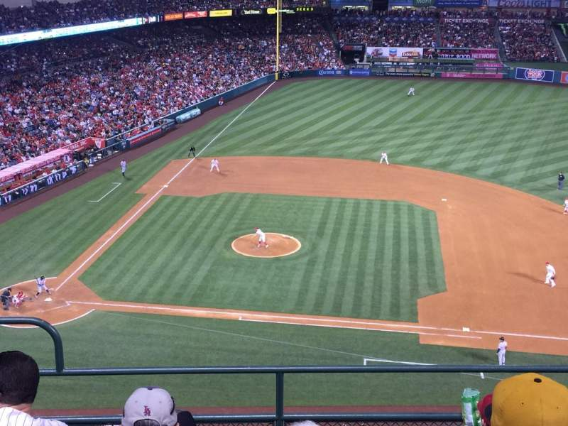 Seating view for Angel Stadium Section V425 Row E Seat 3